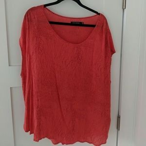 Oversized coral top